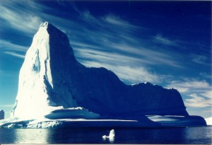 Iceberg by Uta Wollf (Wikimedia Commons, CC-BY-SA )